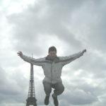 ....над Парижем 2005г.